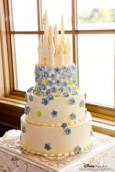 Wedding Cake Wednesday