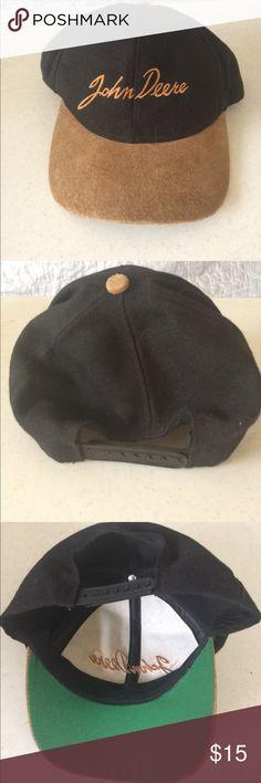 John Deere suede bill cap Very nice John Deere cap. Suede type material on bill. No tag. Looks like it was never worn. John Deere Accessories Hats