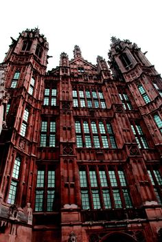 There's just something I love about Gothic architecture x)