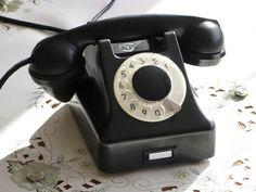 Gumtree: Stary POLSKI TELEFON T4/RWT z 1955r. - sprawny !