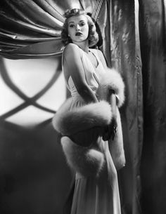 Actress Betty Grable Holding Fur Stole Get premium, high resolution news photos at Getty Images Old Hollywood Glamour, Hollywood Fashion, Golden Age Of Hollywood, Vintage Glamour, Vintage Hollywood, Classic Hollywood, Hollywood Star, 1940s Fashion, Hollywood Actresses