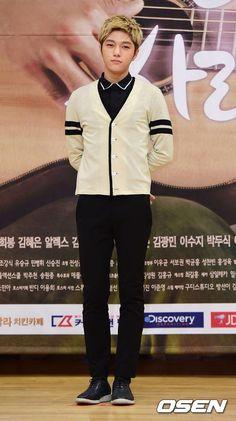 [NEWS PIC] 140915 My Lovely Girl Presscon - Myungsoo #2 (cr:Osen) pic.twitter.com/O0UcHe5Uyb
