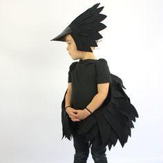 El cuervo  traje de los niños hecho a mano