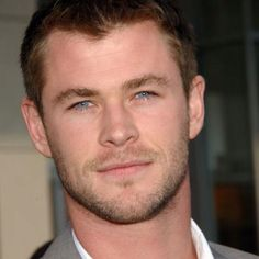 I want Chris Hemsworth <3