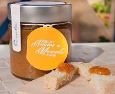 Tutto il sole delle nostre arance Naveline di Calabria e l'intensità del Moscato di Saracena (Presidio Slow Food) su https://www.bizzwai.it/produttori/anselmi