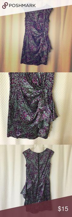 Silk dress Feels good! Silk, zips in back. Size 4 Dresses