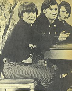 Davy, Jones, Micky Dolenz, Mike Nesmith (The Monkees)