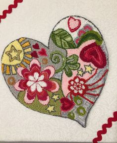 Résultat d'images pour Free Punch Needle Embroidery Patterns Punch Needle Kits, Punch Needle Patterns, Embroidery Patterns Free, Embroidery Needles, Hand Embroidery Designs, Penny Rug Patterns, Primitive Stitchery, Yarn Projects, Valentine Crafts
