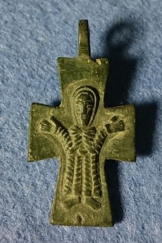 Guttus Auction 14: 100 - Byzantine, Bronze Cross Pendant, c. 10th-12th century AD - Dea Moneta