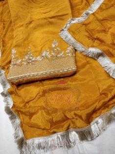 Punjabi Suits Designer Boutique, Boutique Suits, Indian Designer Suits, Indian Suits, Indian Wear, Embroidery Suits Design, Hand Embroidery, Punjabi Suits Party Wear, Velvet Dress Designs