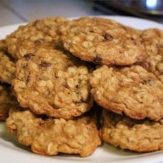 Learn how to bake cookies from scratch using the right ingredients, tools, and techniques to make them look bakery-worthy. Chip Cookie Recipe, Oatmeal Cookie Recipes, Oatmeal Chocolate Chip Cookies, No Bake Cookies, Peanut Butter Cookies, Sugar Cookies, My Recipes, Cooking Recipes, Cookies From Scratch