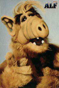 Alf. Una serie mítica de los 80s que veíamos de pequeños.