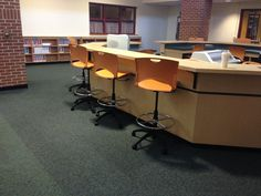 Here the staff utilized their circulation desk into work space for the students and used Oncall Stools by Sit On It. School Library Design, Middle School Libraries, Library Furniture, School Community, Learning Spaces, Stools, Corner Desk, Students, York
