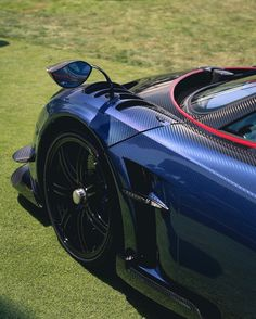 Pagani Huayra BC made out of exposed Blue & Black carbon fiber w/ Red & Blue accents  Photo taken by: @extremecars11 on Instagram Pagani Huayra Bc, Ac Cobra, Close Up Photography, Koenigsegg, All Cars, Blue Accents, Concept Cars, Motor Car, Carbon Fiber
