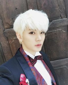 Ren // NU'EST in my opinion I think he looks the best with this short hair What do you guys think? Korean Song Lyrics, Korean Pop Group, Kpop Hair, Nu Est, Country Songs, Pledis Entertainment, Korean Music, Korean Celebrities, Love You All