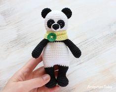 This cute crochet cow amigurumi is super soft and huggable! Create a friendly crochet cow using our step-by-step Cuddle Me Cow Amigurumi Pattern. Crochet Panda, Crochet Bear, Cute Crochet, Crochet Patterns Amigurumi, Amigurumi Doll, Crochet Dolls, Amigurumi Tutorial, Stuffed Toys Patterns, Crochet Designs