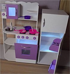 Muebles Infantiles,rincon Casita Infantil,cocina De Juguete - $ 3.200,00 en MercadoLibre Diy Kids Kitchen, Kitchen Sets For Kids, Diy Kitchen Projects, Toy Kitchen, Play Kitchen Accessories, Toy Rooms, Ikea, Dollhouse Furniture, Diy Woodworking