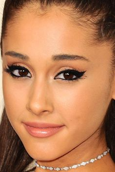 Close-up of Ariana Grande at the 2015 Grammy Awards. http://beautyeditor.ca/2015/02/10/grammys-2015