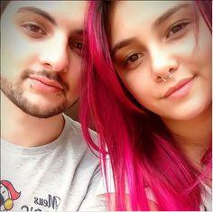 Eles são youtubers, namorados, engraçados, vidrados em games, antenados com as novidades, amados pelos fãs, Nenho e Nenha formam o Casal Nerd.