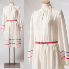 Vintage 70er Jahre Kleid Sheer cream Kleid von TrendyHipBuysVintage