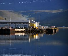 https://flic.kr/p/8nuVPG | Isafjördur harbor | Early morning, crystal air, wonderful light and beautiful reflections.  Isafjordur, Vestfirdir, Northwest Iceland