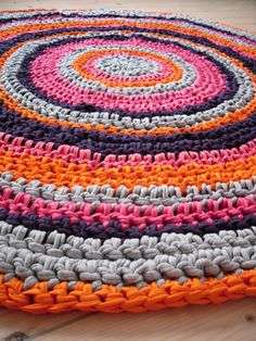 crochet+rug+orange-coral-purple-grey