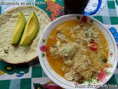 Arroz Aguado con Pollo - Nicaragua Salvadorian Quesadilla Recipe, Meat Recipes, Chicken Recipes, Nicaraguan Food, Dominican Food, Food Gallery, Quesadilla Recipes, Latin Food, Rice