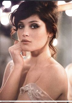 Gemma Arterton classic brown eye