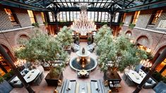 3 Arts Club Cafe - restaurant inside Restoration Hardware in Chicago Cafe Gold, Chicago Restaurants Best, California Restaurants, Airlie Beach, Chicago Travel, Chicago Chicago, Chicago Illinois, Interior Garden, Interior Design