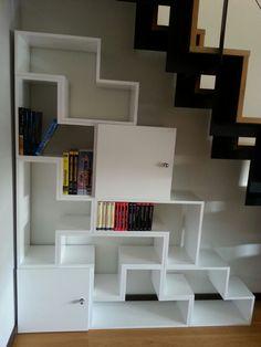 Original #mueble #lacado en blanco #altobrillo, con las figuras del tetris.