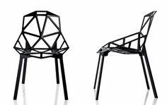 Krzesło o geometrycznej, efektownej konstrukcji - ergonomiczne!    To jeden z najbardziej rozpoznawalnych produktów marki Magis. Projektant: Konstantin Grcic