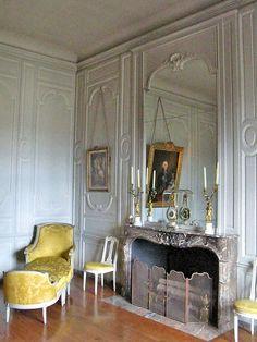 I think I found your matching chair  marinni | Vintage interiors and spalni.Prodolzhenie.
