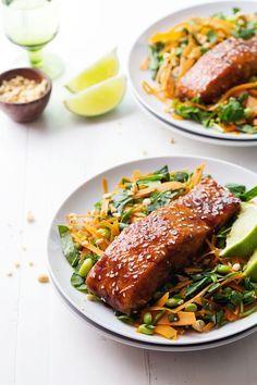 Simple Hoisin Glazed Salmon - a super easy homemade glaze makes this salmon extra yummy! 300 calories. | pinchofyum.com #healthy #salmon #recipe