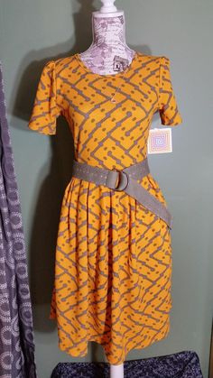 Amelia dress with pockets. Belt. Style inspiration. Outfit Idea. Boutique clothing. Fashion consultant.