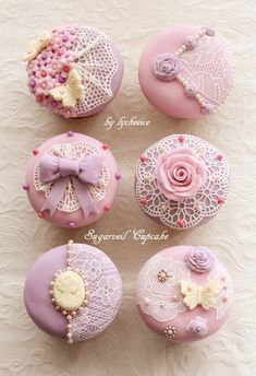 6 Secrets Of How To Bake The Perfect Cupcake - Novelty Birthday Cakes Elegant Cupcakes, Fancy Cupcakes, Beautiful Cupcakes, Wedding Cakes With Cupcakes, Baking Cupcakes, Cupcake Cookies, Cupcake Art, Valentine Cupcakes, Rose Cupcake