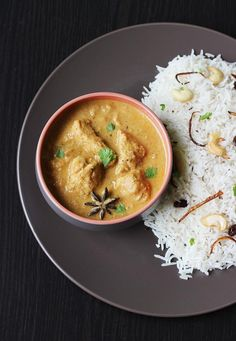 chicken kurma recipe - An easy Indian chicken curry recipe with step by step photos. Delicious, aromatic thick chicken gravy to pair with rice,roti,biryani