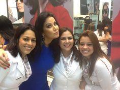 Helen Ganzarolli conhecendo as novidades nas Óticas Wanny do Shopping JK Iguatemi! #linda #diva #helenganzarolli #oticaswanny #clientewanny #clientefamoso #modasolar #muitoamor