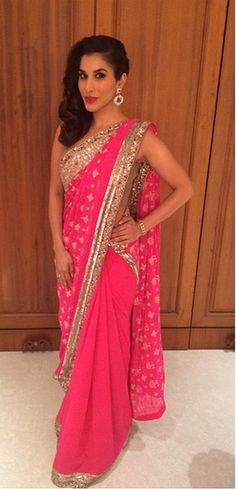 Top Indian fashion and lifestyle blog: Sophie Choudry