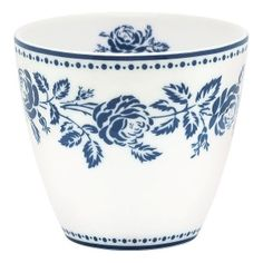 GREENGATE jetzt bestellen bei HIHOLA HOUSE&GARDEN - GreenGate Latte Becher Fleur blue mit nostalgischen Rosen