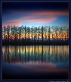 Twilight at the river bank - Paolo De Faver