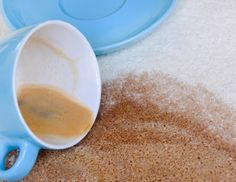 Kaffeeflecken vom Teppich entfernen