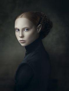 Wow! Portret XIV uit de serie van Xteriors van Desiree Dolron (Nederlandse portret kunstenares)