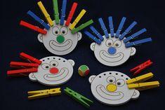 Motoriekborden – Schrijfritmiek Circus Activities, Emotions Activities, Fun Activities For Toddlers, Montessori Activities, Alphabet Activities, Color Activities, Theme Carnaval, School Carnival, Busy Boxes