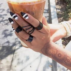 """Caramel macchiato complexion Rings: @_goldsoul_ 