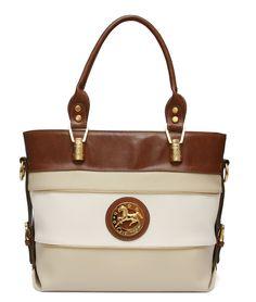 As malas Cavalinho adaptam-se a qualquer ocasião!  Cavalinho handbags are perfect for any occasion! Ref: 1030105