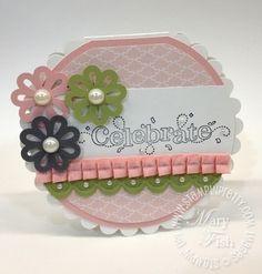 cute scalloped circle card by Rosarinho De Barros