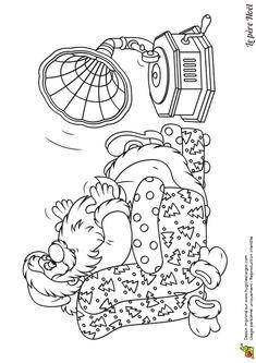 A colorier le père noël qui se repose sur sa chaise en écoutant de la bonne musique sur son phonographe
