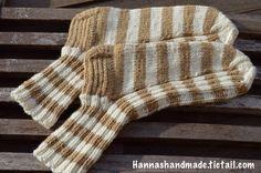 Do you like #stripes? #woolen #socks #knitting #crafts #handmade # madeinfinland #villasukat #raidat #käsinyehty #käsityöt #neulominen #neuloosi #itetein #teenkösullekin