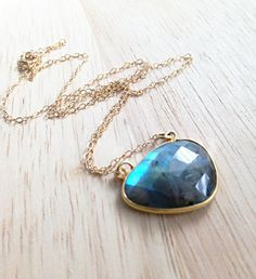 Luminous Labradorite Necklace Delicate Gemstone Necklace by LovGeo, kr326.00