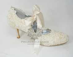 "Ivory Pearl & Lace Vintage Closed Toe 3.5"" Inch Mid Kitten Heel Shoes US Size 5 6 7 8 9 10"